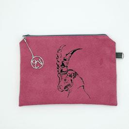 Steinbock auf pinkem Stoff, Alcantara Imitat (hochwertiges Velourslederimitat)