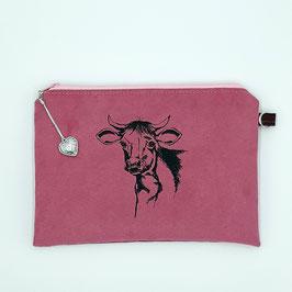 Kuh auf pinkem Stoff, Alcantara Imitat (hochwertiges Velourslederimitat)