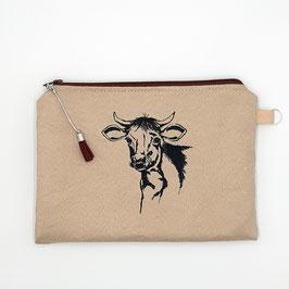 Kuh auf helllbraunem Stoff, Alcantara Imitat (hochwertiges Velourslederimitat)