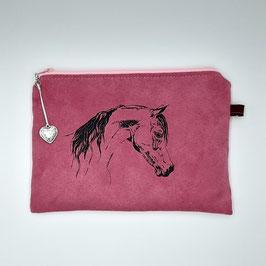 Pferd auf pinkem Stoff, Alcantara Imitat (hochwertiges Velourslederimitat)