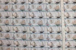 Patchworkstoff mit kleinen Schiffen