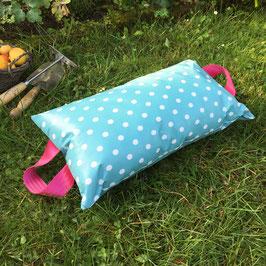 Garten-Kniekissen | Punkte auf hellblau |pink