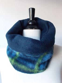 Rundschal mit Fleece-Futter in blau