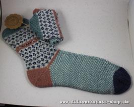"""Blümchenrand""-Socke   Größe 42-43"