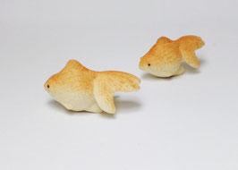 Goldfish by Kai Tsuruta (pottery art)