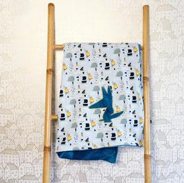 Couverture bleue et ciel motif poissons