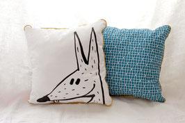 Coussin bleu avec illustration originale ours ou loup