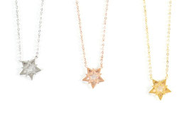 Oslo Star Necklace 18k