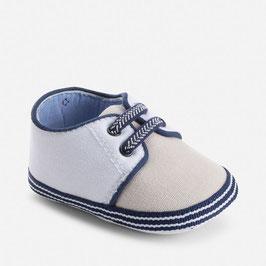 09490-051 Zapatos bebé niño cordones fijos elásticos mayoral