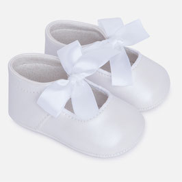 09499-023 Zapatos bebé niña con lazo mayoral