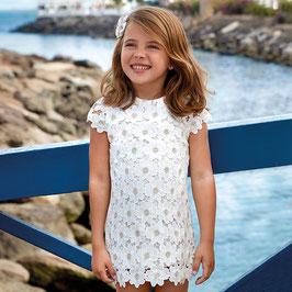 03928-060 Vestido de guipur fantasía para niña mayoral
