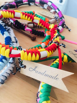 Paracord-Halsband mit Keramik-Pipes