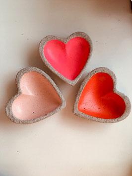 Beton-Herzschale klein