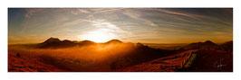 Panoramique Feu Chaîne des Puys