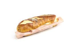 Laugensandwich lang mit Schinken