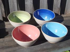 Steinzeugkeramik innen farbig