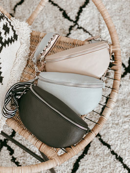 CROSSBODY CHRISTY