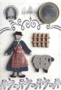 Petite Adèle et son mouton