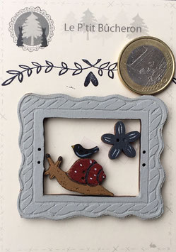 Cadre avec escargot ,fleur et oiseau