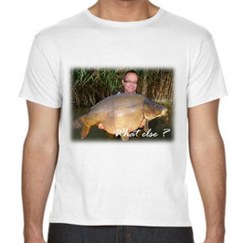 t-shirt personnalisé avec trucage carpe