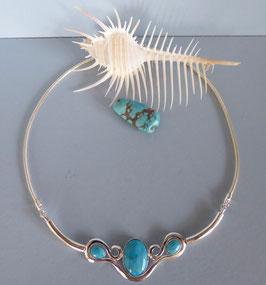 Collier martelé turquoise
