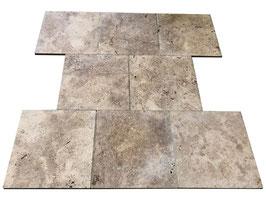 Fliese Travertin Walnut, 45,7 x 45,7 x 1,5 cm, getrommelt, m²