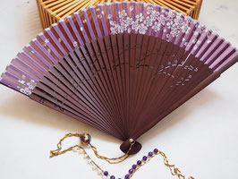 HAND FAN NECKLACE - CHINESE BEAD & AMETHYST & MOTHER OF PEARL GEMSTONE - Item 090