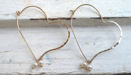 14K GOLD PLATED - HEART & FRESHWATER PEARL DANGLE / DROP EARRING