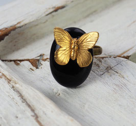 VINTAGE BRASS BUTTERFLY - BLACK AGATE GEMSTONE RING