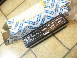 n°nc185 couvercle boite fusible nissan primera 2438271j00