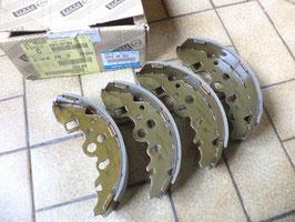 n°sa411 jeu garniture frein ar mazda serie E shy2638z