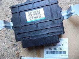 n°d100 module ECU abs pajero mn102834