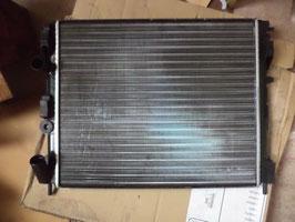 n°g42 radiateur renault clio e101a64