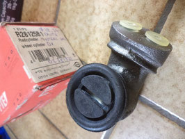 n°dr233 cylindre roue deutz intrac r28125b1