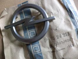 n°p372 insigne calandre opel ascona C 90270528