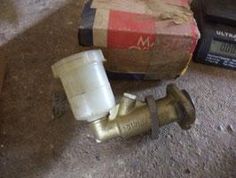 n°ar257 maitre cylindre land 109 gmc309
