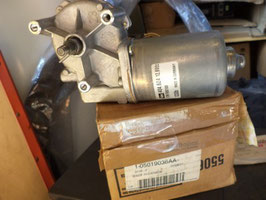 n°z293 moteur essuie glace ar voyager 5019036aa