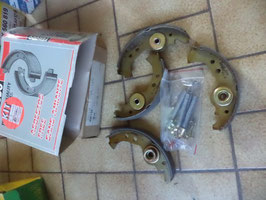 n°gd598 kit machoire frein fiat panda kdf135 ferodo