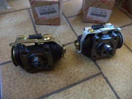 n°sa632 lot cylindre roue toyota dyna 4756036130 4757036130