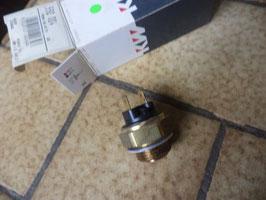 n°nc243 sonde radiateur peugeot 504 505 550004
