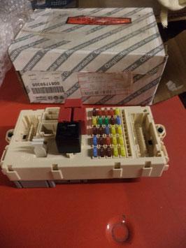 n°w121 boite fusible fiat stilo 51759305