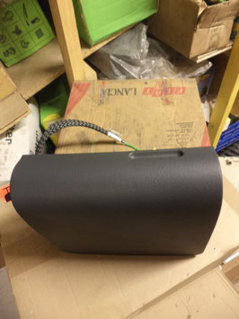 n°k121 boite gant superieur lancia zeta ulysse 9790331068