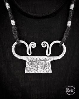 Collier, cadenas Hmong en argent 68