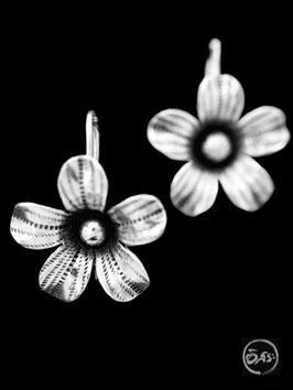 Boucles d'oreilles en argent fleurs 26