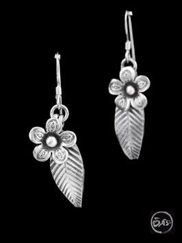 Boucles d'oreilles en argent fleurs 46
