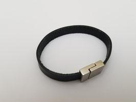 Bracelet cuir plat noir (M)