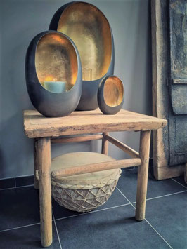 Lage oude sidetable uit China