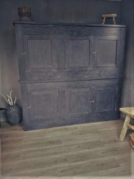 Stoere landelijke opbergkast 6-deurs kleur oud zwart (levering en plaatsing gratis!)
