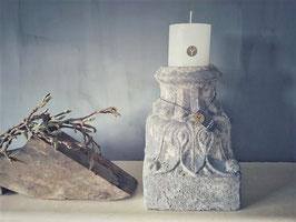 Stompkaars wit D 10 cm, H 10 cm (Rustic candle Brynxz)