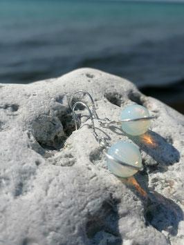 Ohrringe mit Opalglas